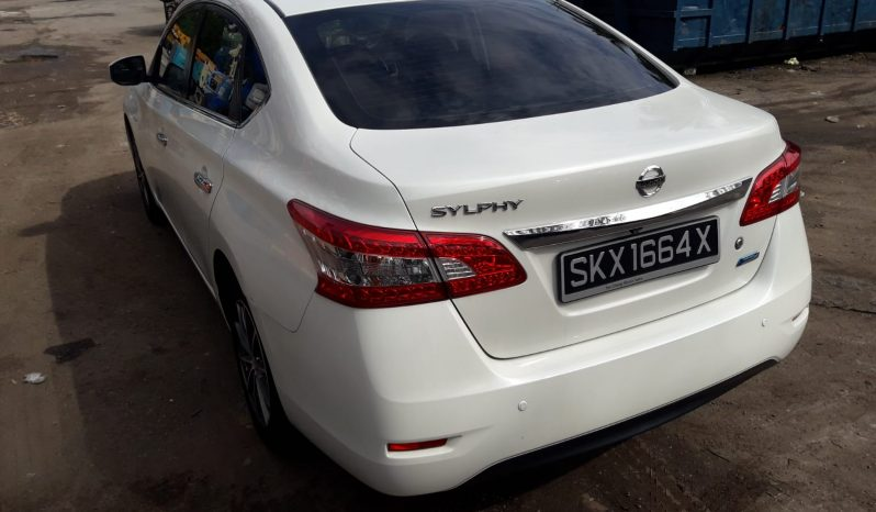 Nissan Sylphy / White / 2015 full