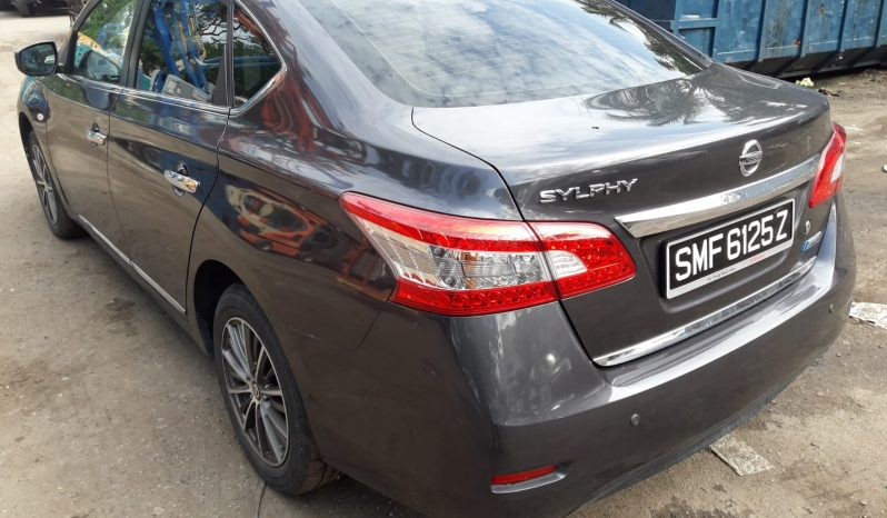 Nissan Sylphy / Gray / 2013 full