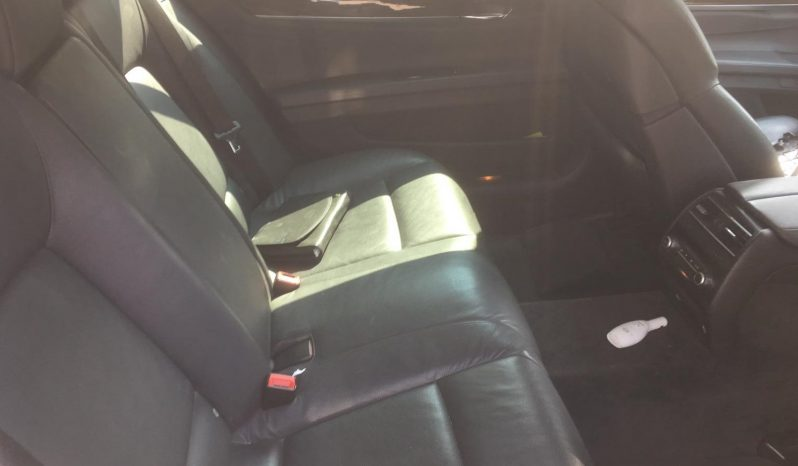 BMW 730Li/Black/2010 full