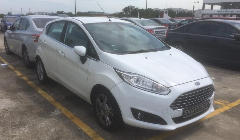 Ford Fiesta/White/2014 full