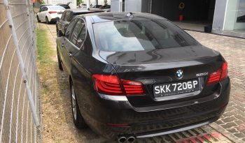 BMW 520i/Black/2013 full