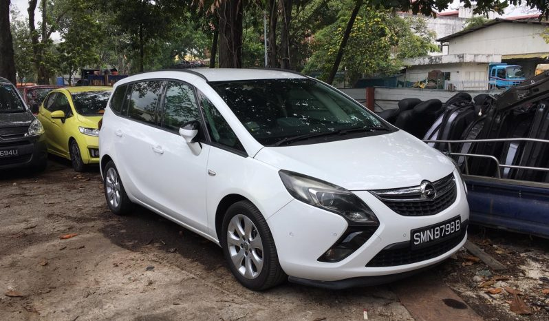 Opel Zafira/White/2012 full